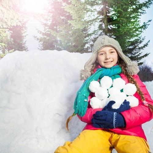 25. 12. 2018 <br>Snehobalový turnaj v detskej lyžiarskej škôlke