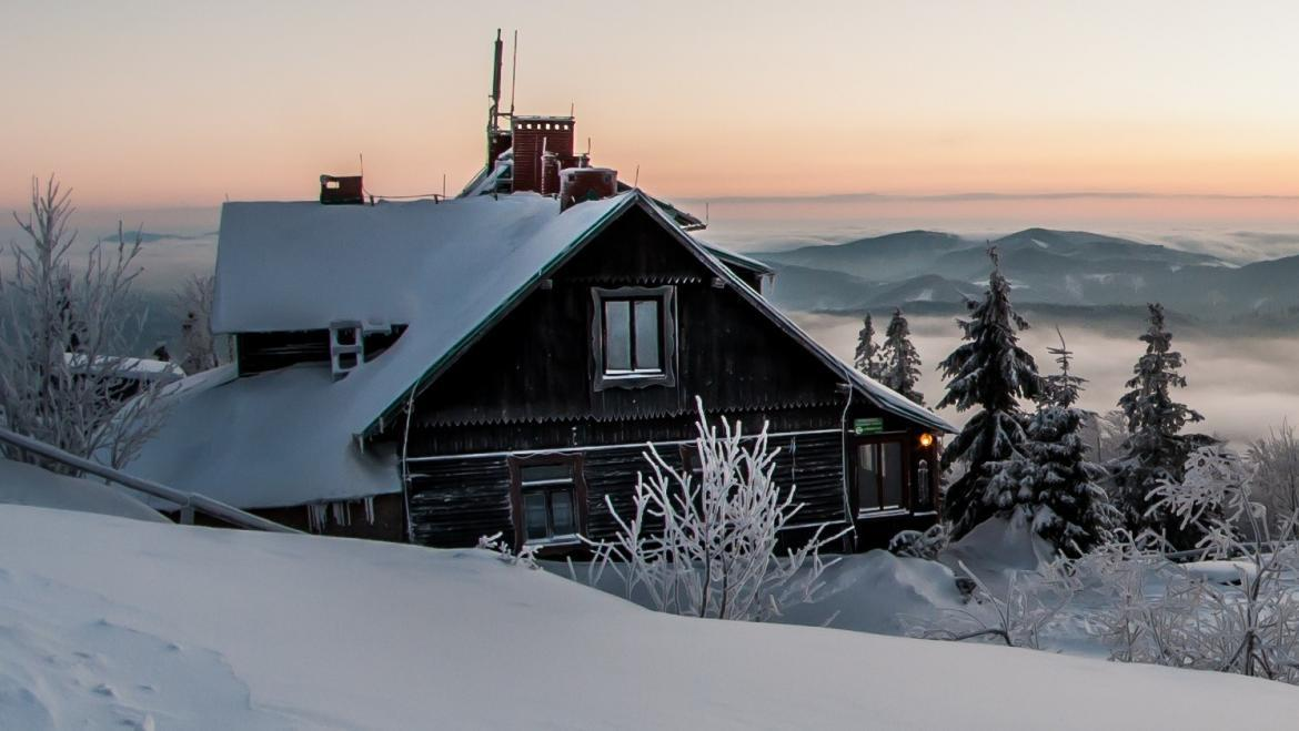 Skiing with accommodation available for all skiers