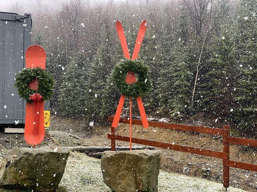 V Snowparadise sneží, teploty klesajú a všetci sa tešia na lyžovačku.